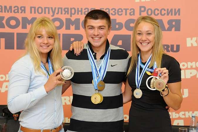 Волгоградские гребцы Светлана Черниговская, Андрей Крайтор и Инга Гуржей (на фото слева направо).