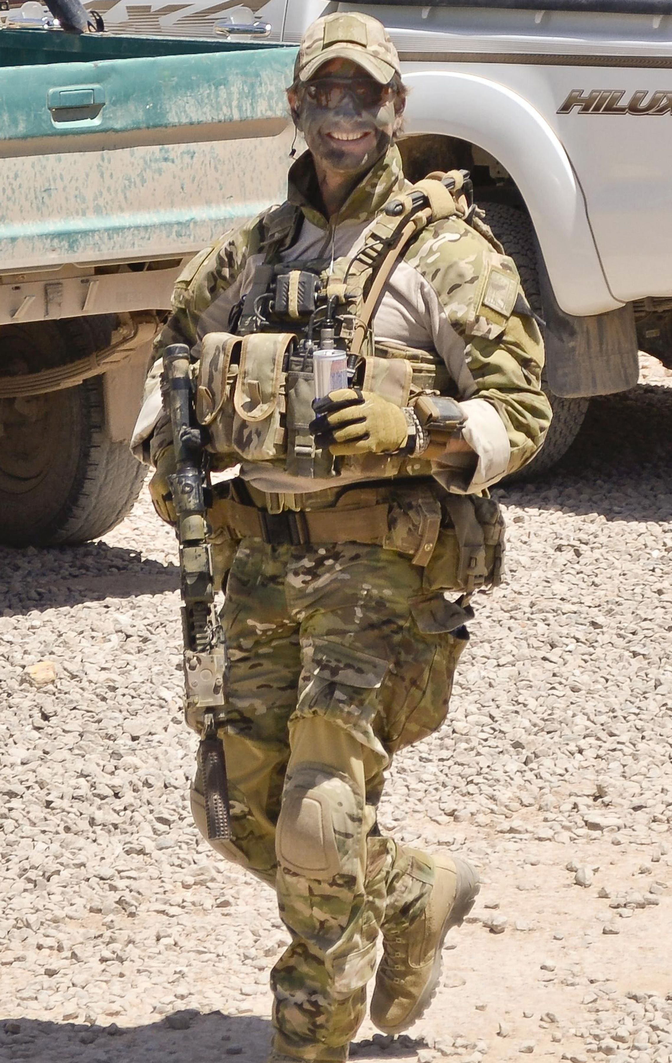 File:Philippines Soldiers and Australian Special Forces